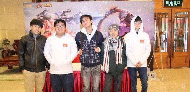 (GVN) Là chiến đội duy nhất đại diện cho cộng đồng 3Q Củ Hành Việt Nam thi  đấu tại giải quốc tế Entertainment Star Season 2015 năm nay, RoTK đã đặt  chân ...